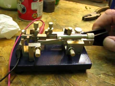 G3YUH project 238 semi auto Morse code bug key