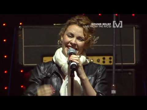 """Kylie Minogue at """"Sound Relief"""" concert in Melbourne"""