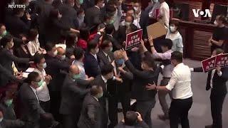 香港立法會發生混亂 內委會主席資格引發爭議