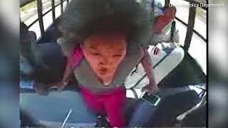 Crazy Mom with a Hammer Attacks School Bus after Daughter Gets into Fight