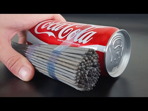 Thumbnail: EXPERIMENT: SPARKLERS vs COCA COLA
