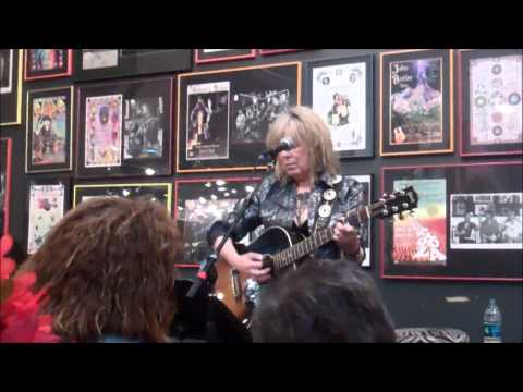 Lucinda Williams, Live at Twist and Shout, Halloween, 2014