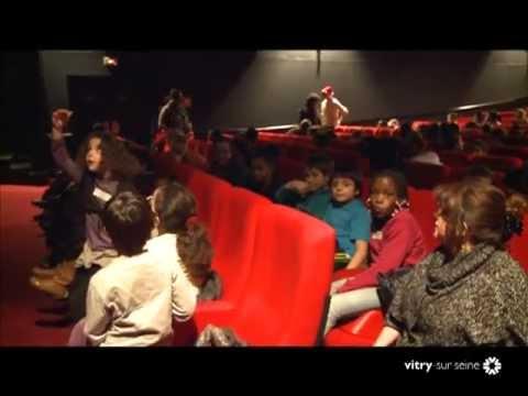 Salvatore Adamo - Tombe la neige - Vitry sur Seine - Fête des Lilas 2016de YouTube · Durée:  3 minutes 40 secondes