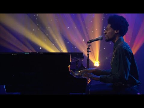 "Jon Batiste Performs ""What A Wonderful World"""
