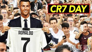 Video Locura total, así fue el primer día de Cristiano en la Juve I CR7 le canta a la Juventus download MP3, 3GP, MP4, WEBM, AVI, FLV Juli 2018