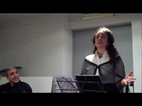 Fado Comentado  , voce di Isabella Mangani - Cheira a Lisboa