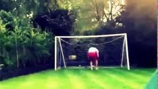 Папа объясняет сыну что футбол намного круче бокса!