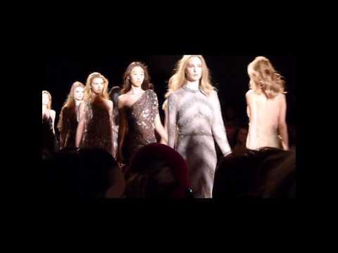Jenny Packham Fall 2011 - New York Fashion Week - Meniscus Magazine