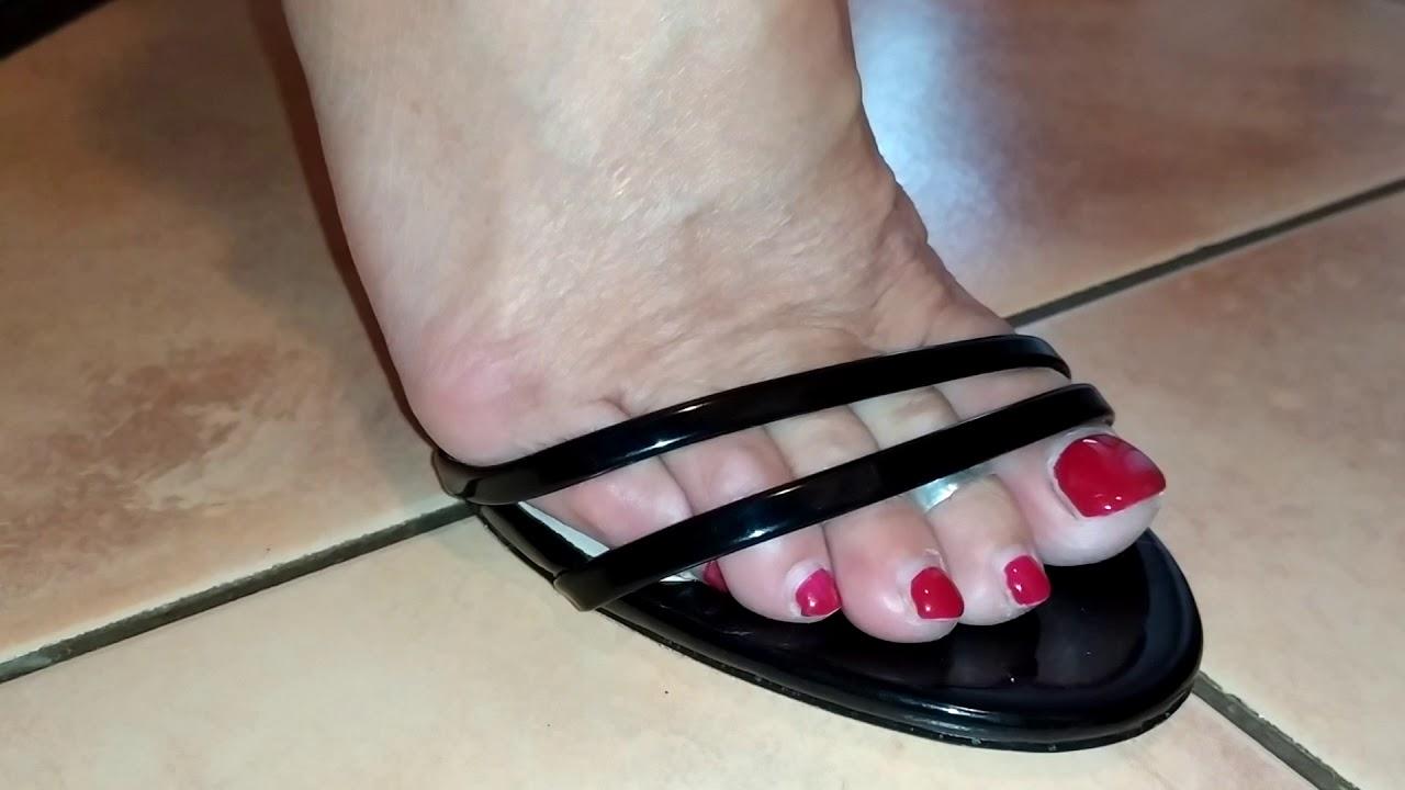 Neue High Heels von Herrn Torture.. Highheelfee zeigt Heels