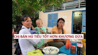 Chị bán hủ tiếu nghèo có tấm lòng thương người hơn Khương Dừa!!!