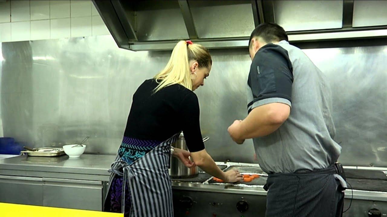 Чем полезен куриный бульон и как его приготовить по всем правилам кулинарии?