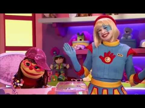 The Chatterbox: Tinka and Chats Underwater