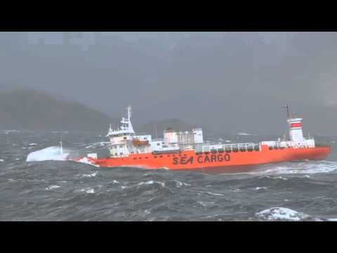 SHIPS IN STORM Horrible FOOTAGE || Life At Sea - Huge Swell Meets Tanker Video