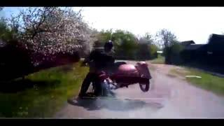 Неуловимый мотоциклист, погоня. Солигорск (д. Первомайск)(Солигорское ГАИ обнародовало видеозапись погони за бесправным мотоциклистом. Неуловимый байкер был задер..., 2016-07-25T15:49:09.000Z)