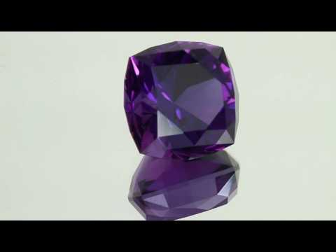 amethyst 14.75 square cushion