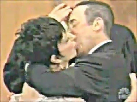 Liza Minelli David Gest Wedding Kiss