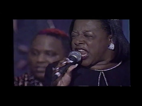 Gospel Singers That Always Give It their All Mix!