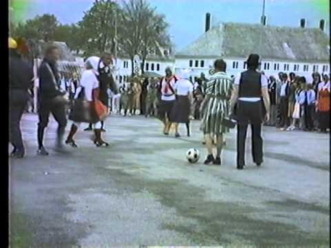 HUSMOR FODBOLD 17 mai 1984