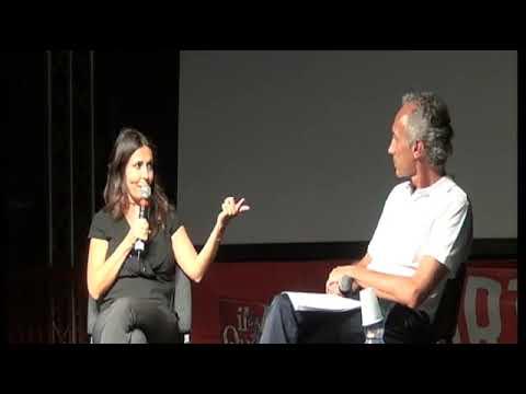 Festa del Fatto, Sabrina Ferilli intervistata dal direttore Marco Travaglio