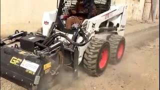 видео Фреза для вырезания люков Bobcat