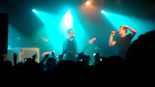 Addicted - Simple Plan (relentless Garage - 8th June 2011)