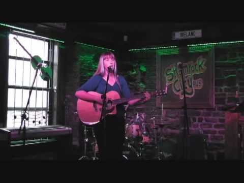 Naomi Russell - Open Mic For Young Musicians