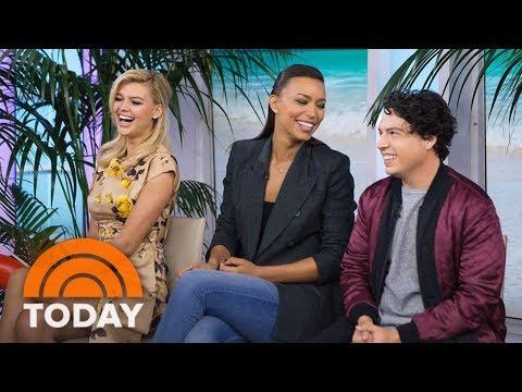 'Baywatch' Stars Talk Dwayne Johnson, Pamela Anderson In Big-Screen Reboot | TODAY thumbnail