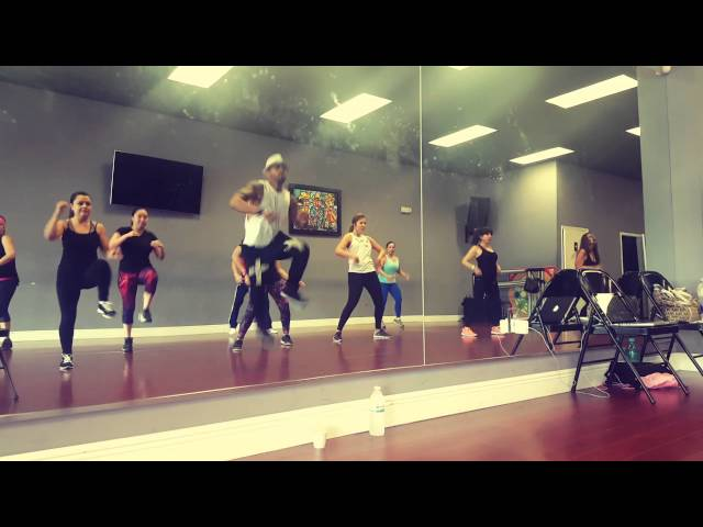 Plakito Dance