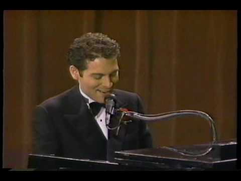 Michael Feinstein performs Gershwin medley