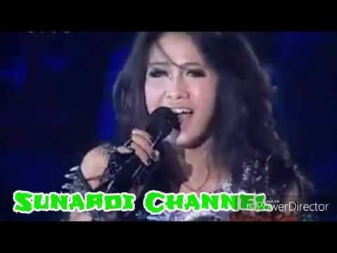 Sang Diva Dangdut Nyanyi Lagu Agnez Mo