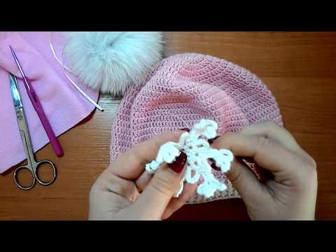 Крючком шапка со снежинками