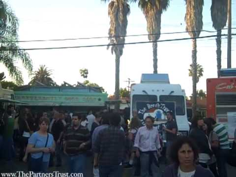 Venice First Friday Party: Shops, Bands, and Food Trucks on Abbot Kinne