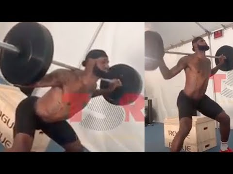 Lebron James Gets Attacked By Twitter Trolls Who Claim His Squat Form Is Trash Youtube