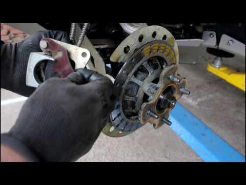 CFMOTO CF625 X6 EFI Квадроцикл Замена пыльника привода и колодок  1 часть
