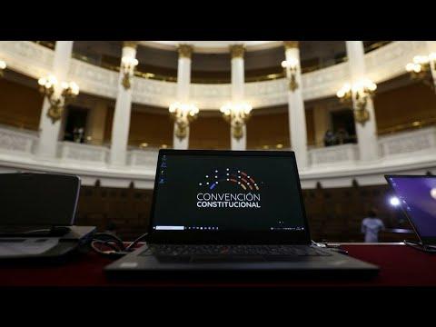 Informe desde Santiago: inicia primer sesión de redactores de la nueva Constitución chilena