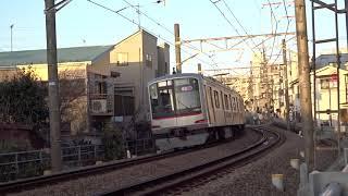 東急東横線5000系5121F白楽カーブ通過