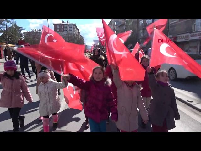 Sivas'ta 2 bin kişi şehitler için yürüdü