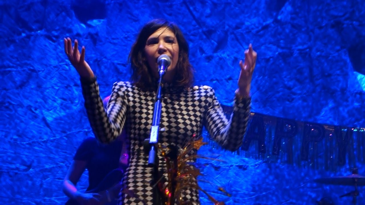 sleater-kinney-faith-george-michael-cover-live-in-san-francisco-admiralneeda