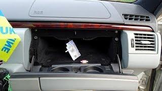 Замена лампочки в бардачке Mercedes W210 Glove box bulb replacement