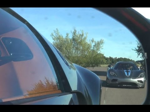 50 fps uncut bugatti veyron grand sport vitesse vs koenigsegg agera r three fast races youtube. Black Bedroom Furniture Sets. Home Design Ideas