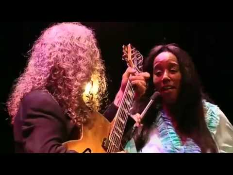 Tuck & Patti - Time After Time (great version)