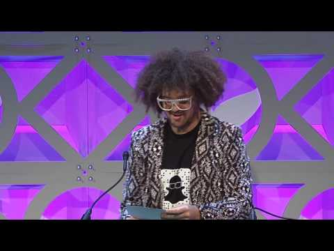 Bill Wurtz accepts the Shorty Award for Best in Weird