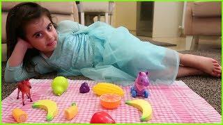 Prenses Elsa Elbisesi Giyen Rüya ile Evcilik Oyunu Oynuyoruz | Kız Çocuk Videoları