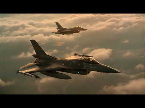 Mike Oldfield - Five Miles Out  (Full HD) (Original Version) (Airplane Flight Video)