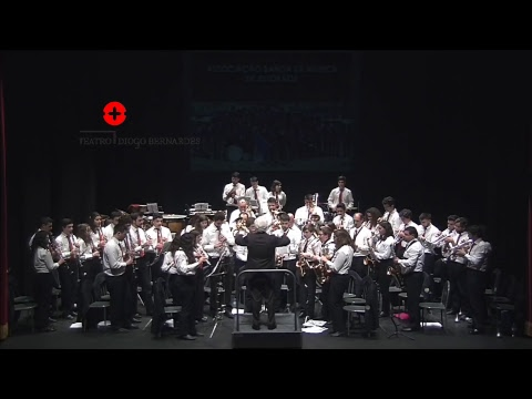 Concerto pela Associação Banda de Música de Estorãos no Teatro Diogo Bernardes