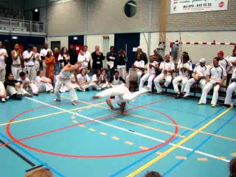 Batizado Batuque Capoeira 15 Anos: Graduada Inimini