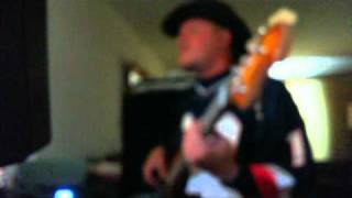 Love tko teddy pendergrass bassline bass cover