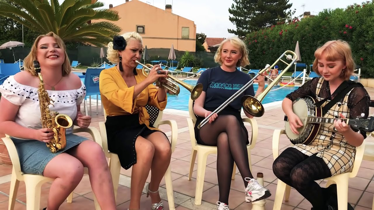 Download Greetings from Italy - Jazz me Blues - Gunhild, Nanna, Petronella Linnea Carling