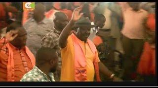 Raila Odinga's vehicle's windscreen smashed by irate youth