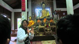 ibadah orang budha 1 maekhampong thailand iyce 2015